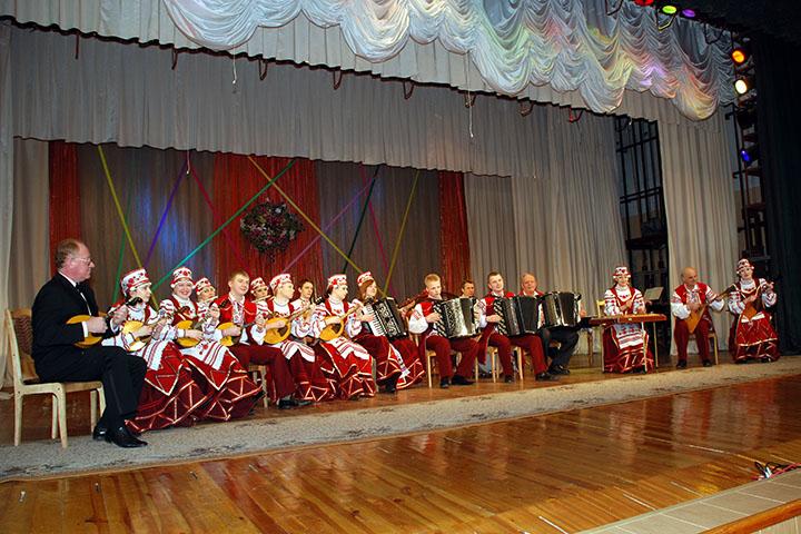 Заслуженный любительский коллектив ансамбль народных инструментов «Верас»